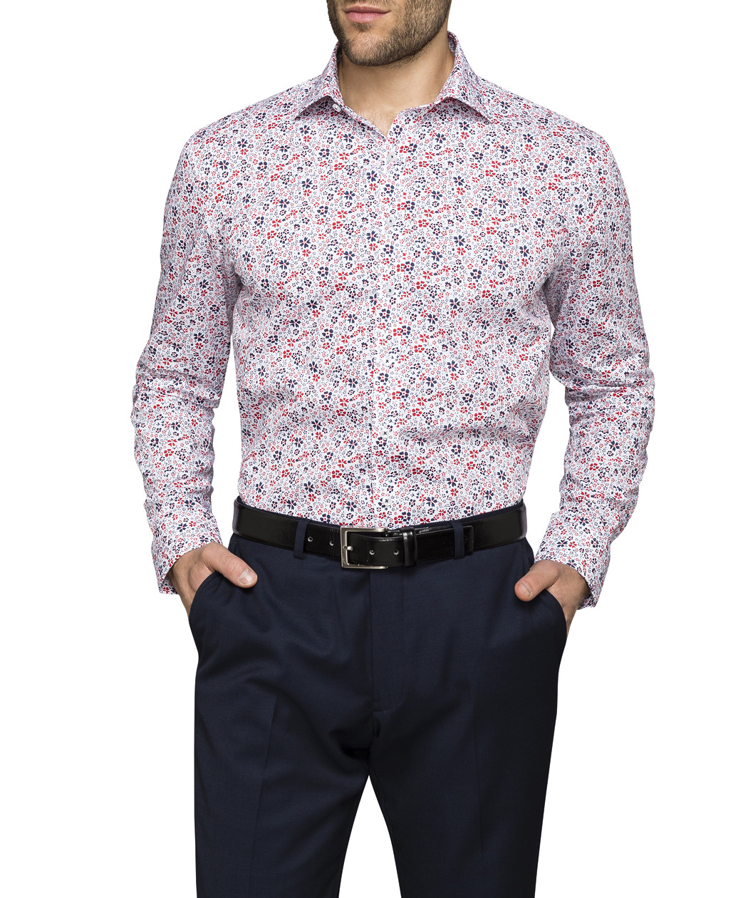 EziBuy's extensive range of men's clothing has everything you need to fit out your wardrobe. Find the perfect pair of shoes to pair with your favourite jeans, or dress to impress in elegantly cut suits, the latest jackets, trousers and shirts.