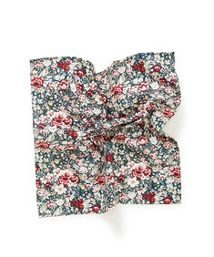 Pocket Square Roses